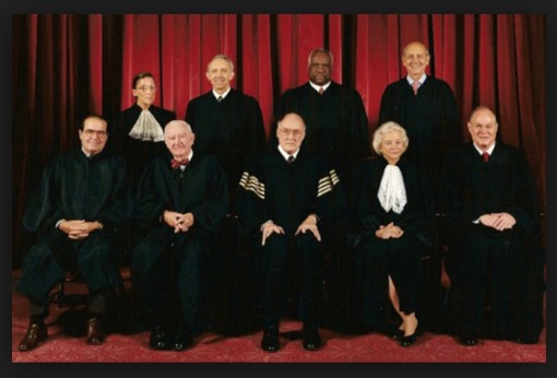 I dare you to recognize this gang out of 'uniform'. And yes, yes, I know this isn't the Current Court. But it's the one that was in business when The Child was a child