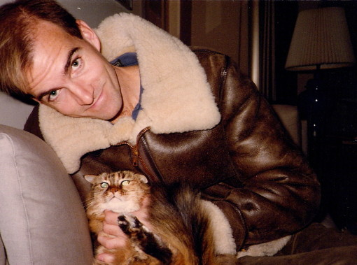 Alienation of Affection, feline style. The Dude captures the heart -- and fur -- of Kitty